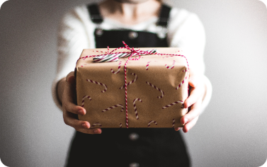 8 Best Secret Santa Gift Ideas For Coworkers